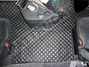 ECO LEATHER FLOOR SET FIT - MERCEDES ACTROS MP4 STREAM SPACE CAB-BLACK-WITH LIFTING PASSENGER SEAT