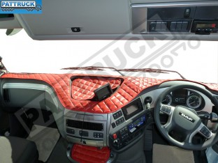 DAF XF 106-TRUCK ECO LEATHER DASH MAT-RED