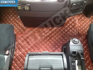 MAN TGX TRUCK ECO LEATHER FLOOR SET-BROWN - TILL 67 PLATE