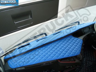 TRUCK ECO LEATHER DASH MAT-BLUE, COMPATIBLE WITH VOLVO FH4 2013+