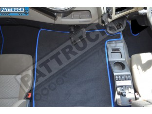 VELOUR FLOOR MATS SET-BLACK WITH BLUE TRIM FIT RENAULT PREMIUM