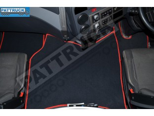 VELOUR FLOOR MATS SET-BLACK WITH RED TRIM FIT RENAULT GAMA ,T-RANGE WITH ENGINE HUMP