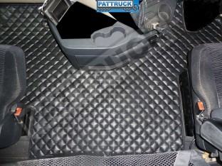 MERCEDES MP4 BIG-GIGA SPACE CAB-TRUCK ECO LEATHER FLOOR SET-BLACK-WITH LIFTING PASSENGER SEAT
