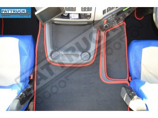 VELOUR [CARPET] FLOOR MATS SET-BLACK WITH RED TRIM FIT DAF CF-EURO 6 TILL 67 PLATE