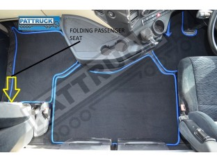 MERCEDES ACTROS MP4 BIG,GIGA SPACE -VELOUR FLOOR MATS SET-BLACK WITH BLUE TRIM