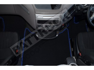 DAF XF 106 AUTOMATIC -VELOUR [CARPET] FLOOR MATS SET-BLACK WITH BLUE TRIM