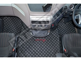 DAF XF 106 AUTOMATIC AFTER 67 PLATE- TRUCK ECO LEATHER FLOOR SET-BLACK WITH RED LOGO