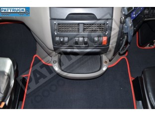 VELOUR FLOOR MATS SET-BLACK WITH RED TRIM FIT DAF XF 105 2007-2011 AUTOMATIC