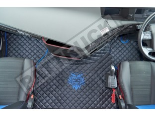 TRUCK ECO LEATHER FLOOR SET-BLACK WITH BLUE VIKING LOGO FIT VOLVO FH4 2013+[ AUTOMATIC ]- TWIN AIR SEATS
