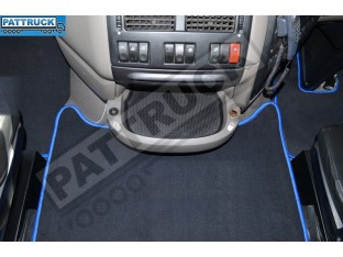 VELOUR FLOOR MATS SET-BLACK FIT DAF XF 105 2012-2013 AUTOMATIC