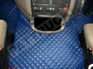 DAF XF 105 AUTOMATIC 2007-2011 TRUCK ECO LEATHER FLOOR SET